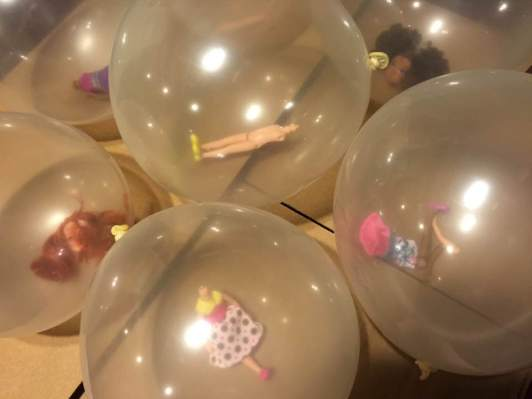 Prop_doll balloons